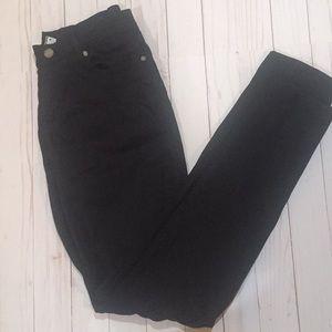 Black Paige Verdugo Jeans Size 30
